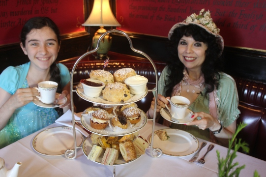 The Anglophile Channel's Tea Tasting Team, Elyse Ashton and Miss Juliette Boland