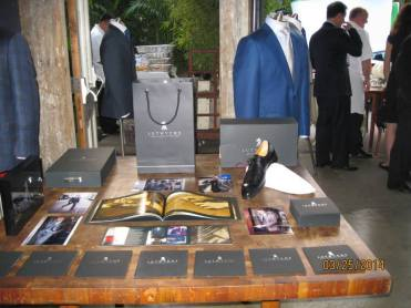 Lutwyche has brought British bespoke hand tailoring to Los Angeles! The have partnered with Saks Fifth Avenue Beverly Hills.