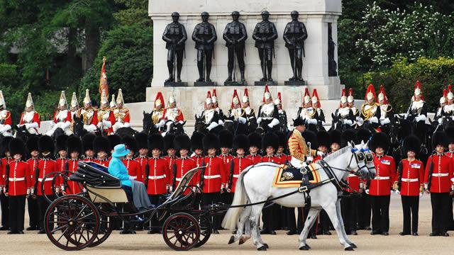 Trooping The Colour: The Queen's Official Birthday ...