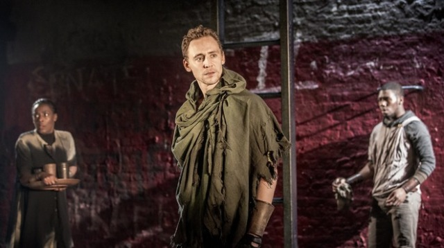 Hiddleston in Coriolanus