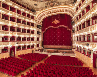 Teatro San Carlo, the oldest opera house in Italy...perfect for a premiere!