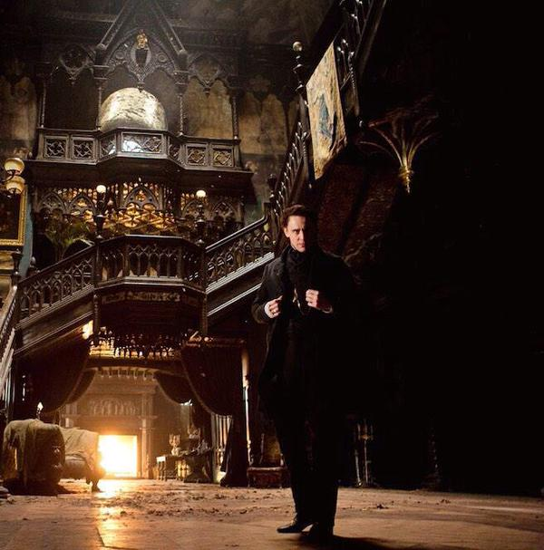 Hiddleston in Crimson Peak