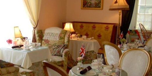 Tea for Two at the Rose Tree Cottage...a quintessential British experience!