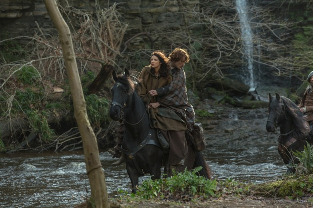 Jamie rescues Claire. It won't be the last time...