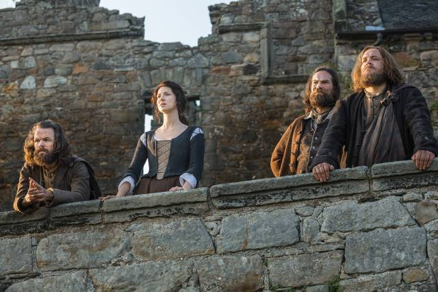 Brilliant acting by all! L-R Angus Mhor (Stephen Walters); Claire Randall (Caitriona Balfe); Murtagh Fitzgibbons (Duncan Lacroix); Rupert Mackenzie (Grant O'Rourke)
