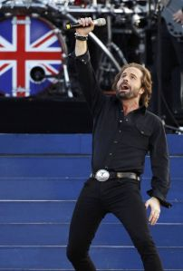 Alfie Boe to perform for The Queen